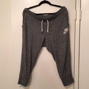 Light Nike Capri sweats